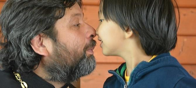 дети, которых любят, становятся взрослыми, которые умеют любить :)